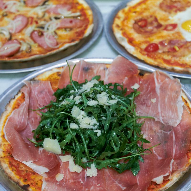 Piccolo Pizzeria & Bar